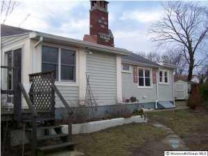 405 Leslie Ave #APT 12, Brielle, NJ