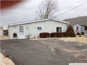 1143 Mill Creek Rd, Manahawkin, NJ