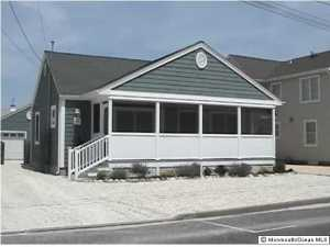 3 Dover Ave, Lavallette, NJ