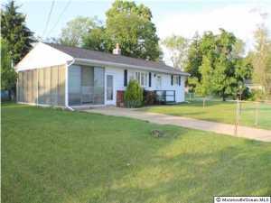 501 Oak St, Lakehurst, NJ