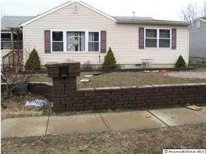 311 Maple, Lakehurst, NJ