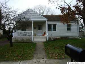 506 Chestnut St, Lakehurst, NJ