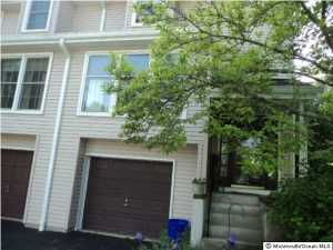 31 Mulberry Ct #APT d, Brielle, NJ