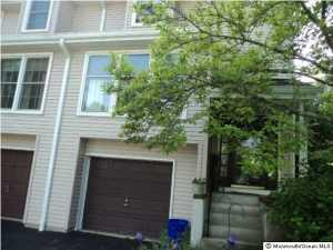 31 Mulberry Ct #D, Brielle, NJ 08730