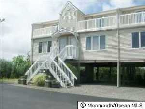 438 E Bay Ave #APT 2, Barnegat, NJ