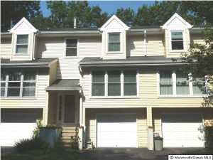 11 Chestnut Ln #APT b, Brielle, NJ
