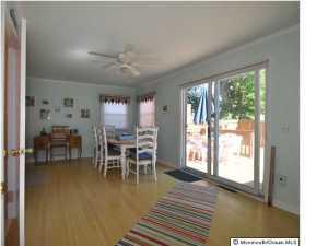328 Cedar Ave, Manasquan NJ 08736