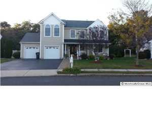8 Bryce Canyon Rd, Howell, NJ