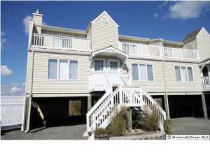 438 Bay Ave #APT 9, Barnegat, NJ