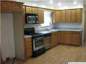 414 Meredith St, Perth Amboy NJ 08861