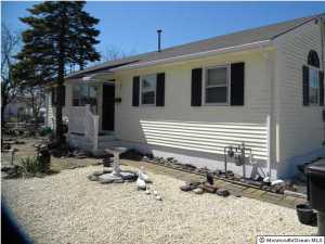 20 Clearwater Way, Toms River, NJ