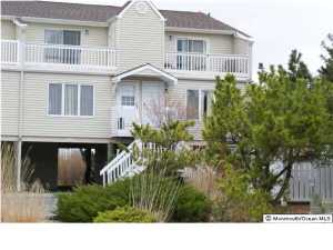 438 E Bay Ave #APT 15, Barnegat, NJ
