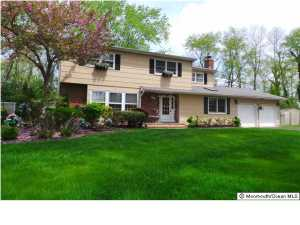 95 Stiles Pl, Freehold, NJ
