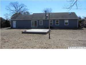 64 Oak Knoll Dr, Brick NJ 08724