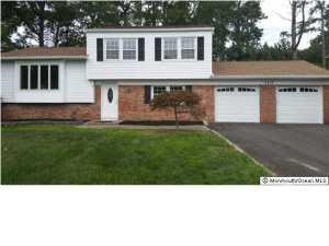 310 Pine Brook Rd, Englishtown, NJ