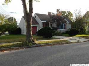 29 Dover St, Toms River, NJ 08753
