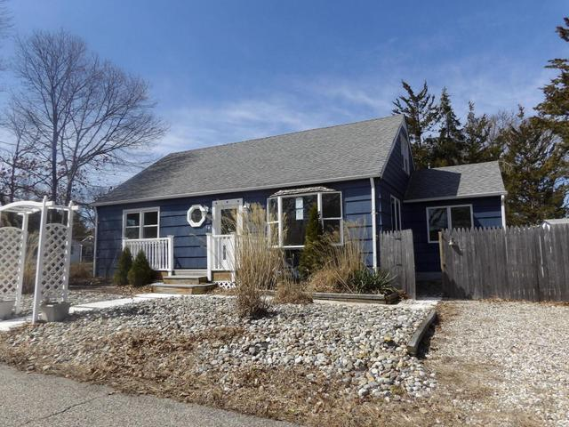 14 Bay Ter, Toms River, NJ 08753