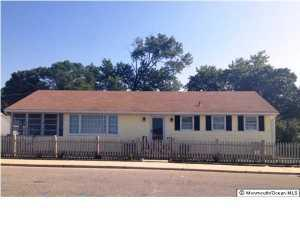 301 Wildwood Ave, Ocean Gate, NJ 08740
