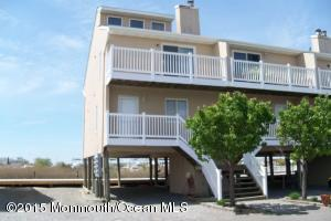 441 Bay Ave #APT 8, Barnegat, NJ