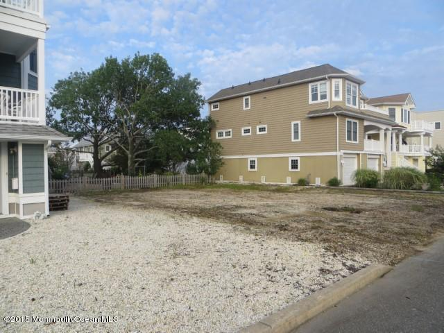 102 W 17th Street #A, Beach Haven, NJ 08008