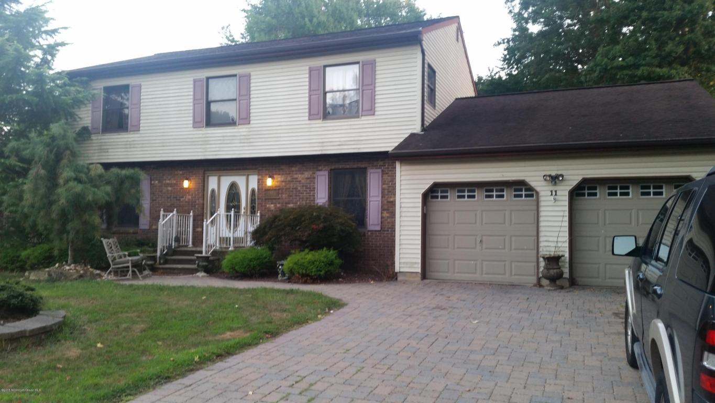 11 Longfellow Terrace, Morganville, NJ 07751
