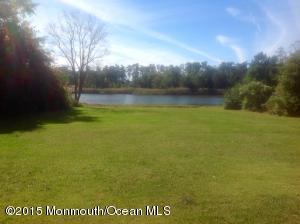 211 N Holly Lake Dr, Little Egg Harbor, NJ 08087