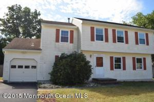 1920 Powder Horn Rd, Toms River, NJ