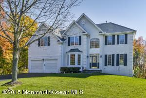 211 Yellowknife Rd, Morganville, NJ