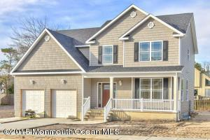 3 Bacall Way, Toms River, NJ 08753
