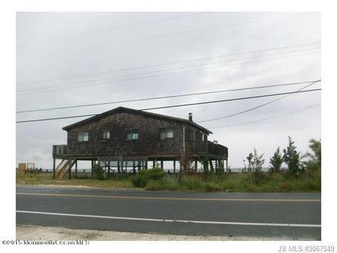327 Bay Shore Dr, Barnegat, NJ 08005