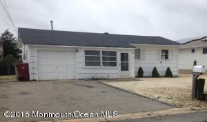 86 S Ronald Ave, Bayville, NJ