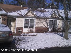 82 Woodshill Dr #1000, Lakewood, NJ 08701