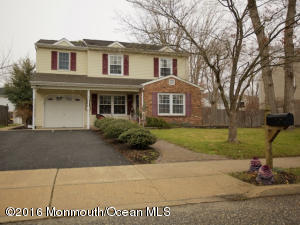 29 Bunker Hill Dr, Toms River, NJ