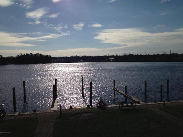 306 Spinnakers Cv #306, Toms River, NJ 08753