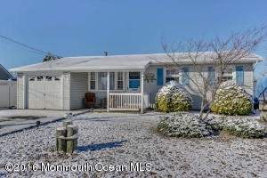 66 Ronald Ave, Bayville, NJ