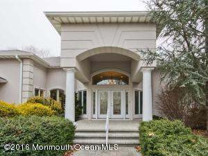 10 Laurel Ct, Millstone Township, NJ