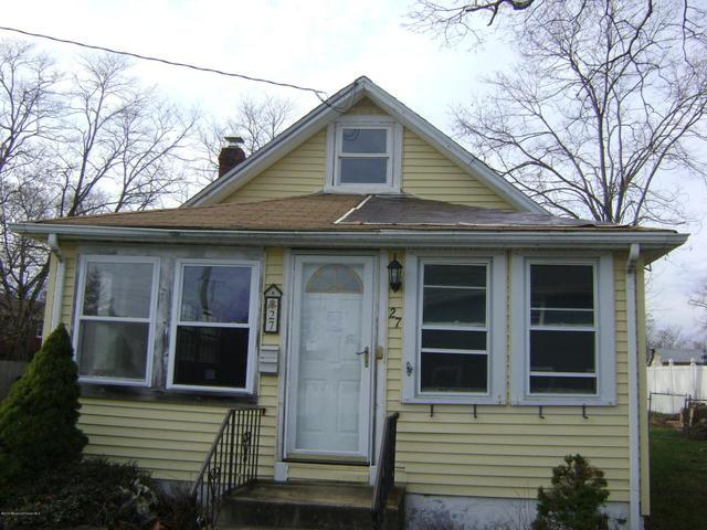 27 Hudson Ave, Keansburg, NJ 07734