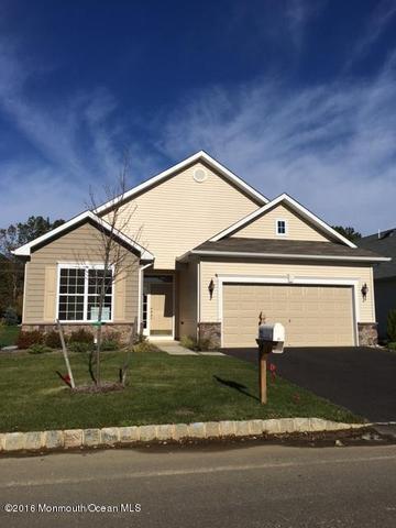 103 Eagle Ridge Cir, Lakewood, NJ 08701