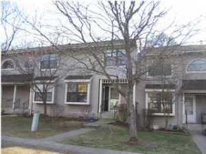 905 Arlington Dr, Toms River NJ 08755