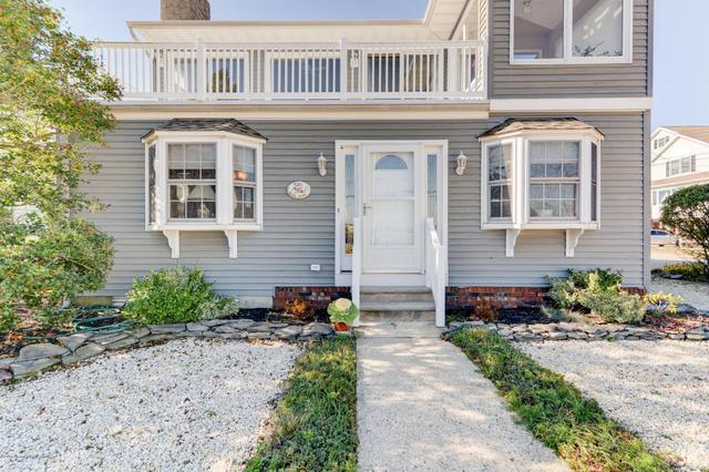 521 Dockage Ave, Toms River, NJ 08753