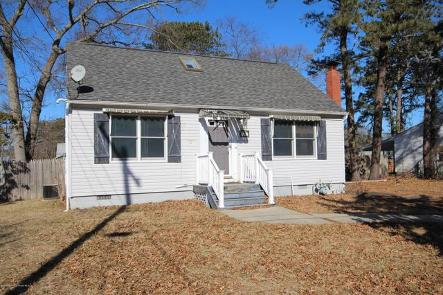 314 Walnut Dr, Lanoka Harbor, NJ 08734