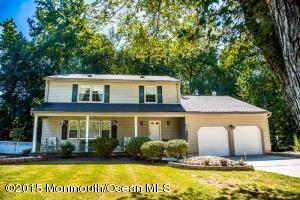 11 Constitution Ct, Englishtown, NJ