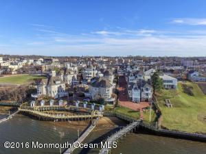 78 W Front St #C, Red Bank, NJ 07701