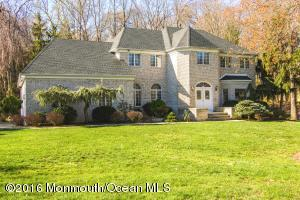 2 Red Coach Ln, Holmdel, NJ 07733