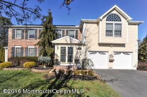 18 Aqueduct Pl, Howell NJ 07731