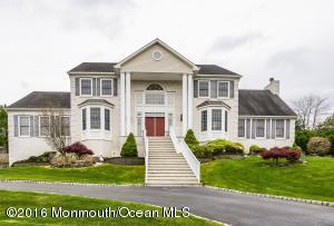 30 Northwoods Rd, Ocean, NJ 07712