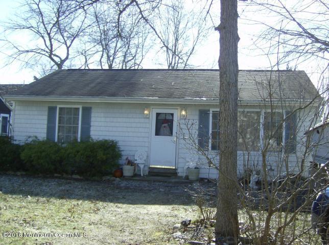415 Barramore Ave, Lanoka Harbor, NJ 08734