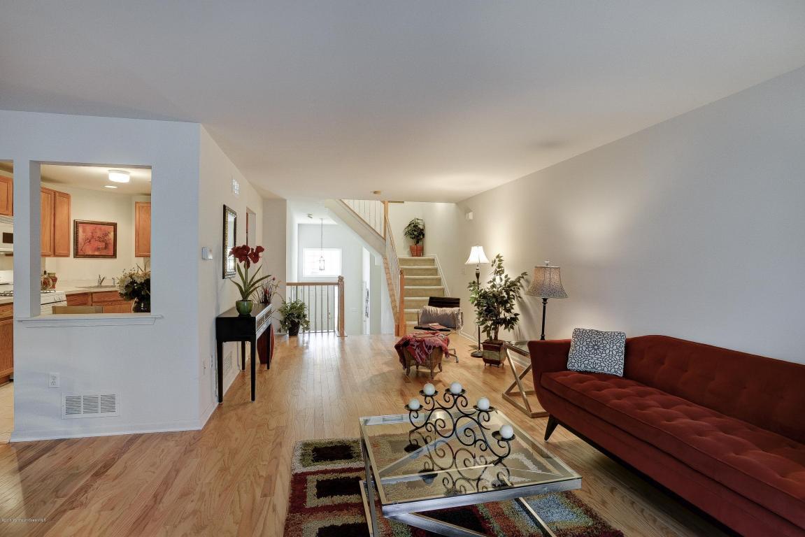 42 Rozalyn Lane #138, Laurence Harbor, NJ 08879