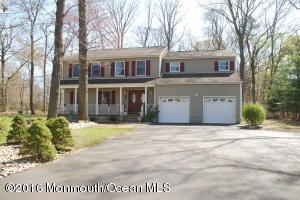450 Middle Rd, Holmdel, NJ 07733