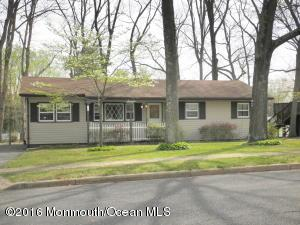 16 Birch Dr, Jackson, NJ 08527